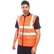 PPE for spring needs to prepare you for anything, from rain to sunshine, and our clothing range does just that.